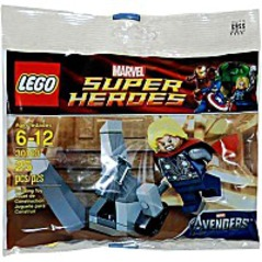Super Heroes Thor And The Cosmic Cube